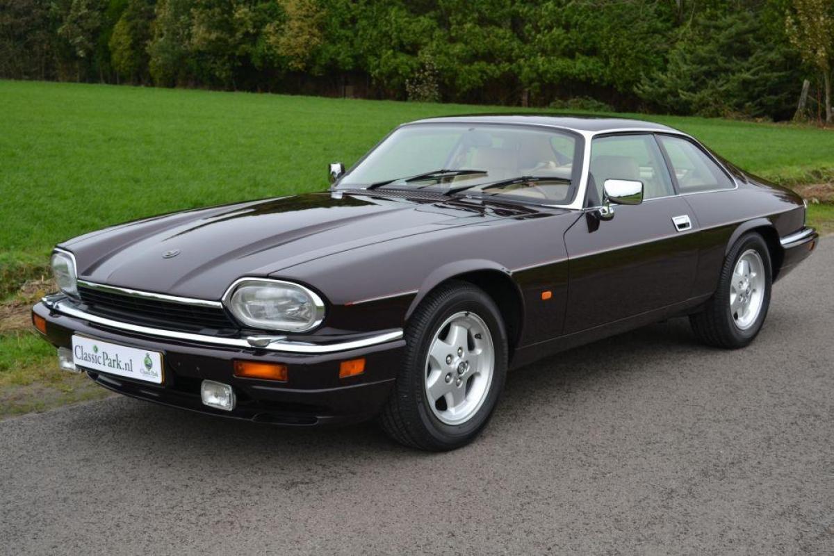 classic park cars jaguar xjs 6 0 v12. Black Bedroom Furniture Sets. Home Design Ideas