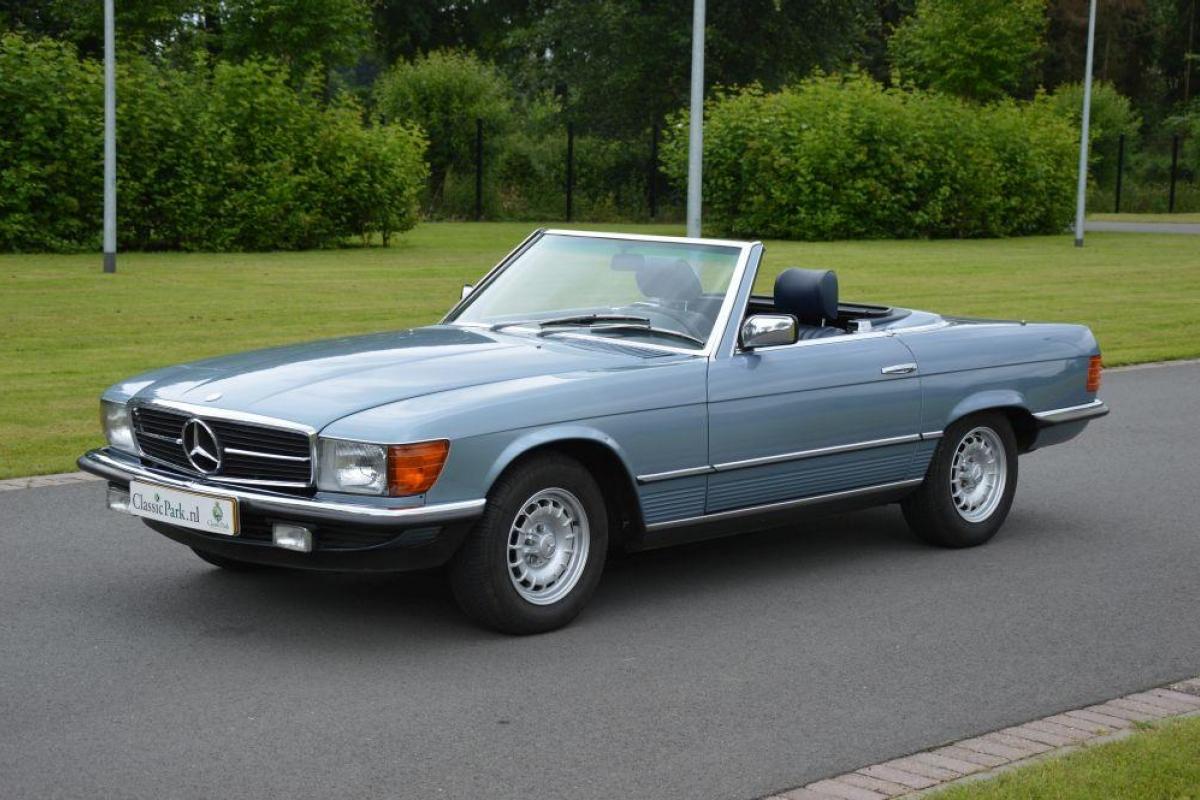 Classic park cars mercedes benz 280 sl for Mercedes benz field
