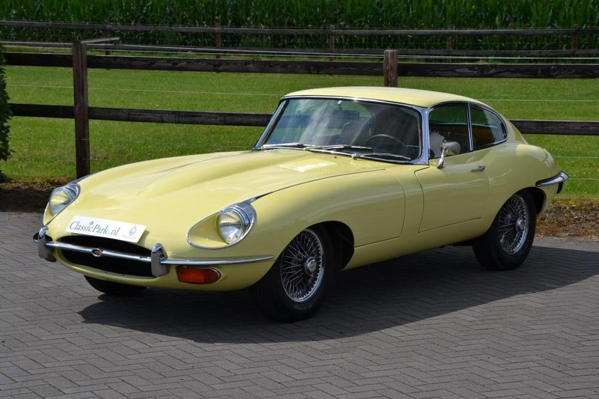classic car bodywork restoration manual pdf