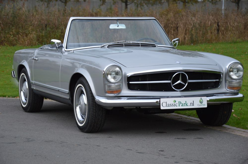 classic park cars mercedes benz 230 sl pagode. Black Bedroom Furniture Sets. Home Design Ideas